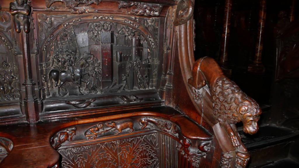 Фрагмент сиденья для хористов в центральном соборе Толедо