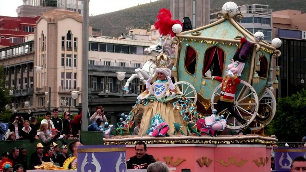Детская королева карнавала.