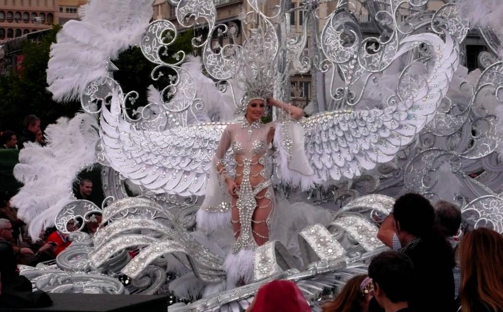 Королева карнавала.