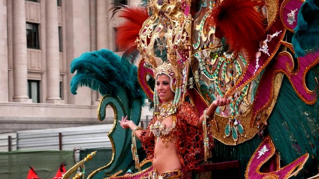 2-я королева карнавала.