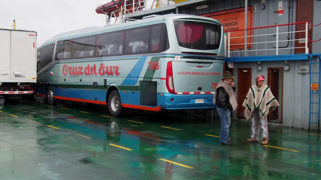 Автобус на пароме