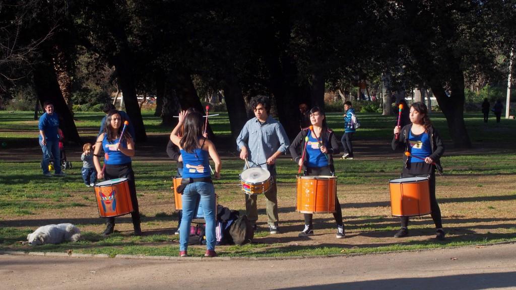Барабанщики в парке