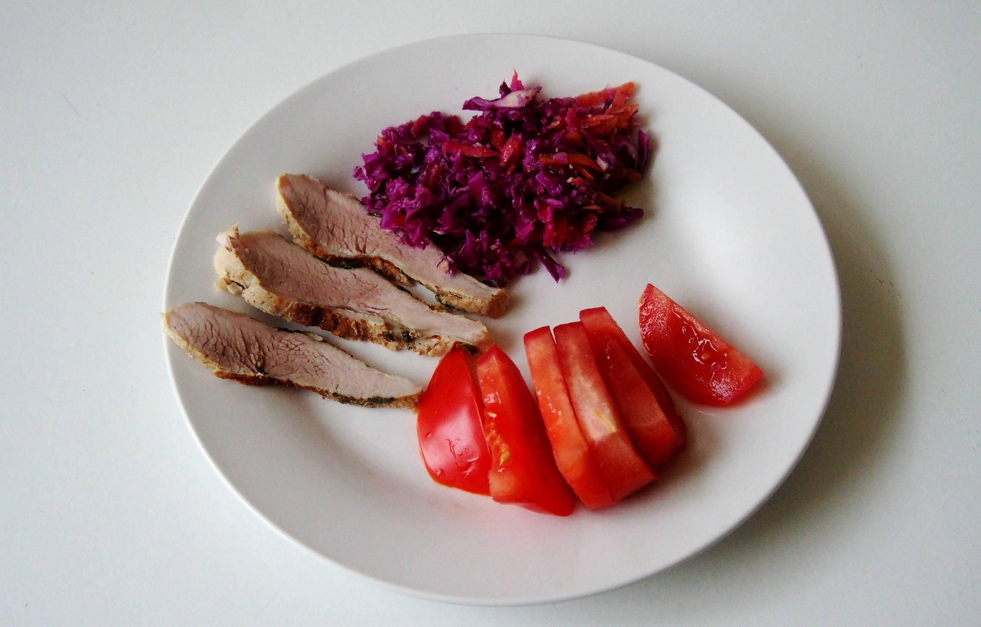 Как сделать салат с рыбными консервами 154